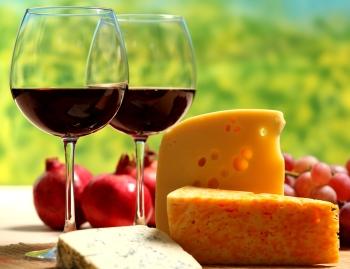 На жестком варианте диеты Любимая в последний день можно выпить вина