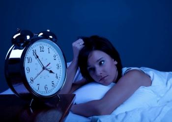 Бессонница - побочный эффект от чрезмерного увлечения кинзой
