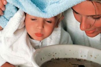 Детям дошкольного возраста можно делать ингаляции с отваром листьев черноплодной рябины