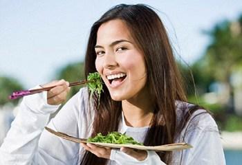 Полезные свойства шпината для мужчин и женщин