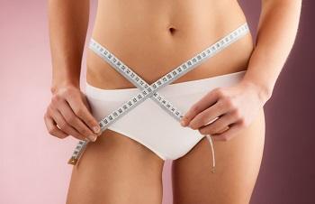Причины появления жировых отложений на животе и боках, и как с ними бороться