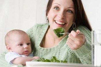 В каких случаях кормящей матери показано соблюдать гипоалергенную диету