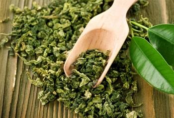 Зеленый чай - химический состав и полезные свойства напитка