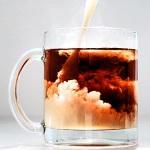 Полезные свойства и противопоказания чая с молоком