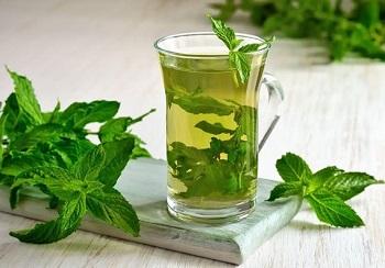 Как правильно заваривать чай с мятой и употреблять его