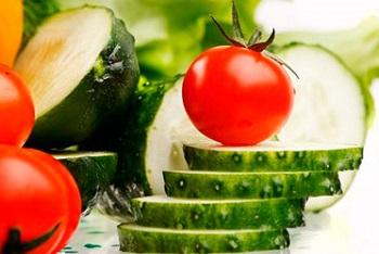 Основные принципы и суть диеты на огурцах и помидорах