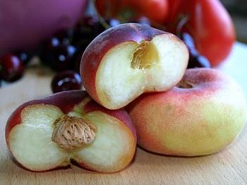 Полезен ли инжирный персик беременным и кормящим мамам