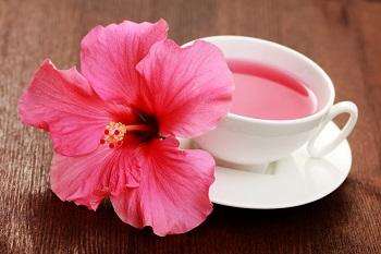 Полезно ли употребление чая каркаде, как часто его можно давать детям