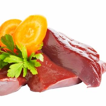 Чем полезна говяжья печень для здоровья?
