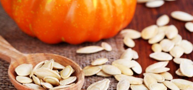 Чем полезны тыквенные семечки для мужчин - польза и вред продукта