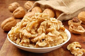Полезные свойства грецких орехов для женщин и в чем его польза для организма