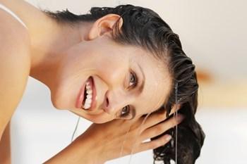 Как применять рыжиковое масло для волос и кожи?