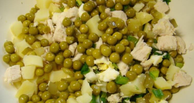 Салат из консервированного зеленого горошка, польза и вред гороха для организма