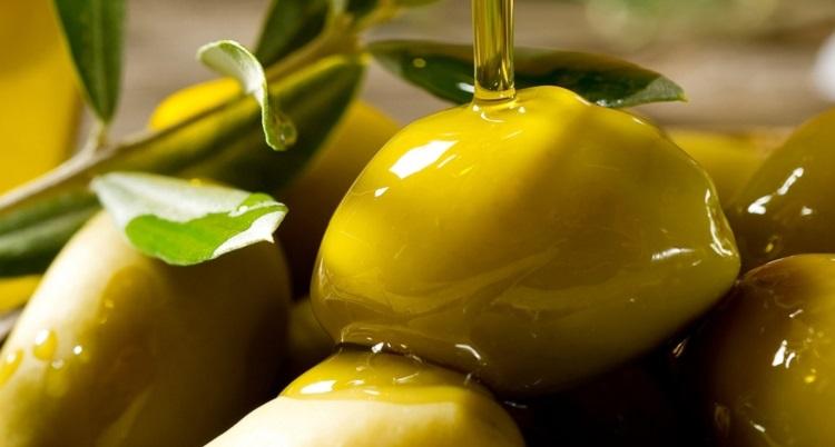 Чем полезны оливки для организма беременных женщин и детей