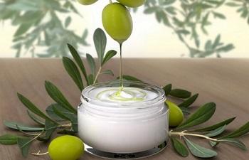 Применение оливок и оливкового масла в косметологии