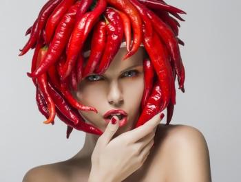 Перец чили: его польза и вред, применение в косметологии