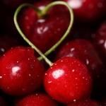 Какова польза вишни для организма мужчин, женщин и детей?