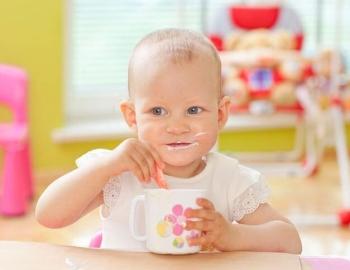 Какова польза и вред ряженки для ребенка?