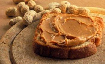 Чем полезна и вредна арахисовая паста для детей