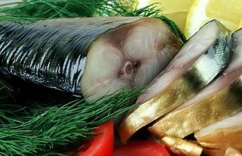 Полезные свойства и состав селедки свежей и соленый