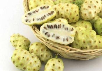 Полезные свойства фрукта и сока нони для мужчин, женщин и детей