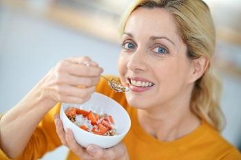 Питание женщины после 40 лет - виды диет и их эффективность