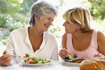 Правильное питание для женщин в 50 лет и после - советы диетологов