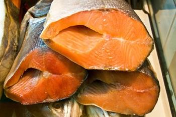 Тушки копченой рыбы