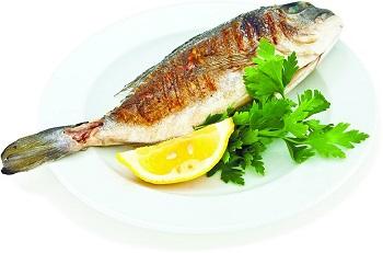 Жареная рыба с лимоном