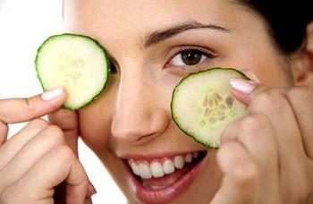 Применение в косметологии огуречного сока, рецепты масок