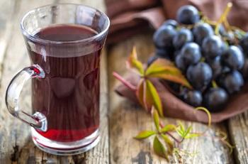 Особенности употребления виноградного сока