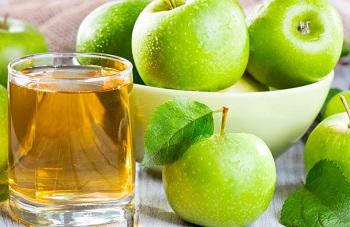 Полезные свойства яблочного сока для организма, противопоказания