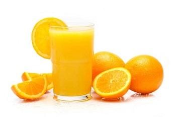 Свежвыжатый апельсиновый сок для беременных