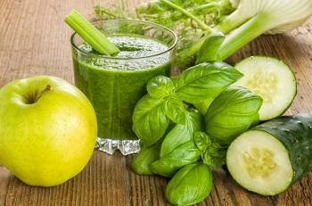 Лечебные свойства сока из огурцов, рецепт приготовления