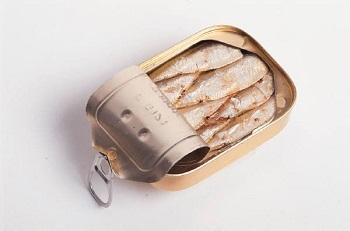 Польза и вред свежей сардины и в консервах