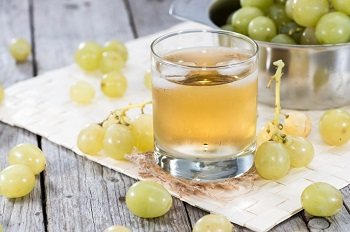 В чем польза виноградного сока и его лечебные свойства
