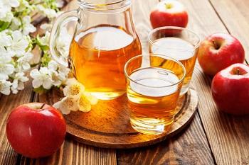 Чем полезен яблочный сок, калорийность, состав