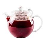 Фруктовый напиток в чайнике