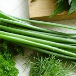 Важное о пользе и потенциальном вреде свежего зеленого лука