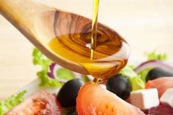 Как употреблять льняное масло с пользой для здоровья?