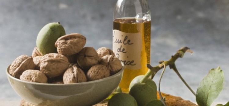 Подробности о пользе для здоровья масла грецкого ореха и его потенциальном вреде