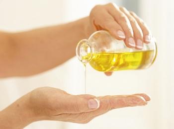 Применение нерафинированного подсолнечного масла в косметологии