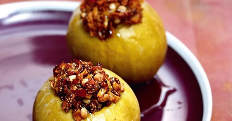 Рецепт печеных яблок - пример того, каким должно быть питание при холецистите