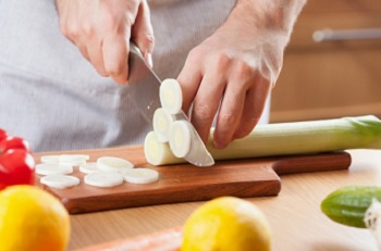 В каком виде употреблять лук-порей, чтобы сохранить его полезные свойства