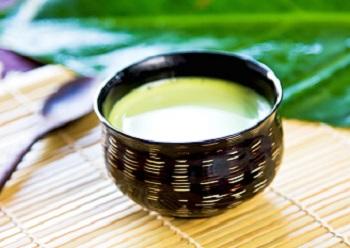 Чем полезен зеленый чай с молоком и лечебные свойства напитка