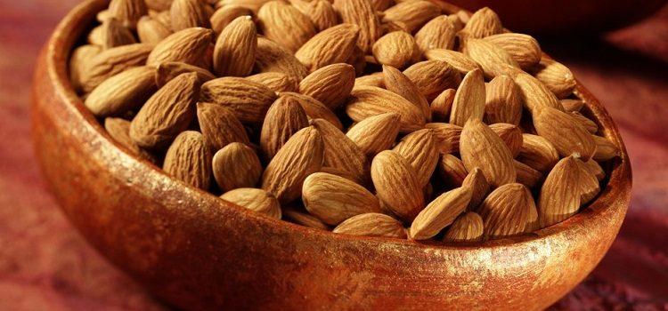 Миндальный орех - польза и вред, полезные свойства миндаля для организма человека