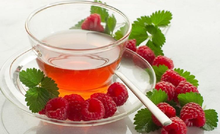 Полезные свойства чая из листьев малины - рецепт приготовления