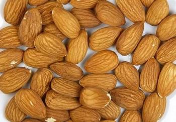 Правила выбора и условия хранения миндального ореха для сохранения его свойств