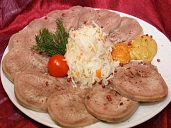 Полезные свойства говяжьего языка и способы приготовления субпродукта