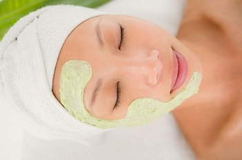 Применение крыжовника в косметологии - рецепты масок для лица